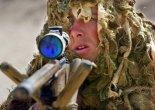 RMC sniper apuntando desde su L96