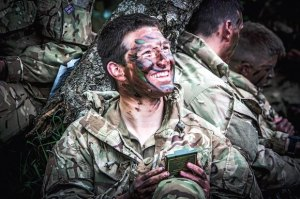 El enmascaramiento y el camuflaje suponen uno de los pasos esenciales en cualquier misión de reconocimiento.