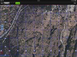 Sobre esta otra vista podemos apreciar la información por satélite que nos ofrece una visión mucho más detallada de la vegetación e información de valor del terreno de la operación.